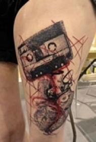 抽象艺术腿部纹身