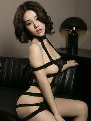 性感美女王尔琳经典成熟美女高清图片 美腿修长美腿