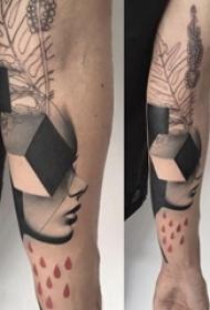 欧美抽象纹身 男生手臂上欧美抽象