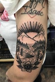 小山峰纹身 女生手臂上小山峰纹身风景图案