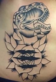 花朵纹身 女生背部花朵纹身图案