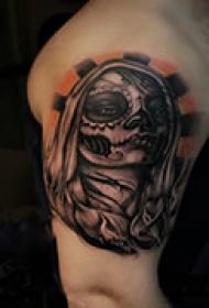 个性头像手臂纹身