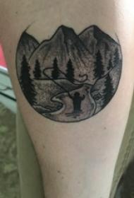 纹身风景图 男生小腿上黑色的风景纹身图片