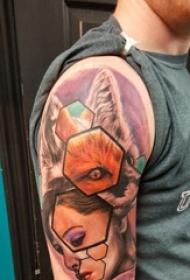女生人物纹身图案 男生手臂上狼纹身女生人物纹身图案