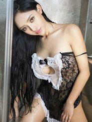 美女的丰满乳房珞可可性感蕾丝内衣写真美腿修长美腿大玩蛇蝎女佣
