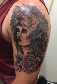 女性人物纹身图案 女生手臂上女性人物纹身图案