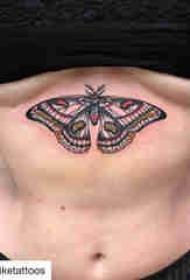蝴蝶图腾纹身图案 女生胸下蝴蝶纹身图案