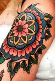 梵花纹身 女生小腿上梵花纹身图片