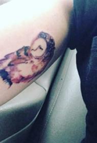 纹身猫头鹰 女生手臂上猫头鹰图腾纹身图片