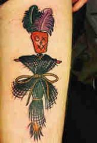 欧美小腿纹身 男生小腿上彩色的稻草人纹身图片