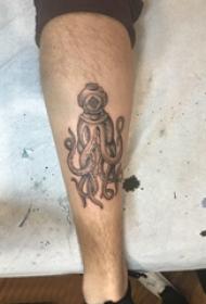 黑色章鱼纹身 男生小腿上黑色的章鱼纹身图片