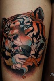百乐动物纹身 女生大腿上彩色的老虎纹身图片