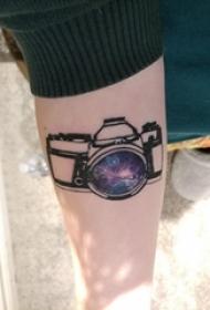 照相机纹身 女生手臂上相机纹身图案