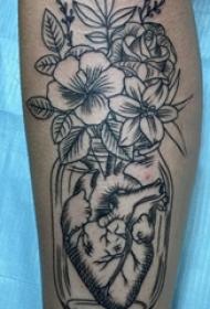 花朵纹身 女生小腿上花朵纹身图片