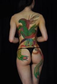 背部彩色凤凰纹身