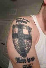 简单十字架纹身 男生手臂上十字架纹身图片