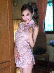 翹臀美女尤美Yumi蕾絲旗袍樣式內衣圖片大全