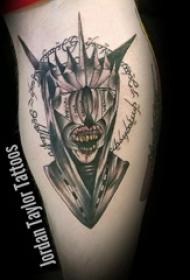 恐怖纹身 女生小腿上恐怖纹身图片