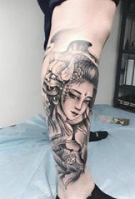 纹身女艺妓 多款简单线条纹身素描日本艺妓纹身图案