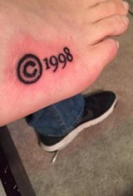 紋身數字設計 男生腳背上符號和數字紋身圖片