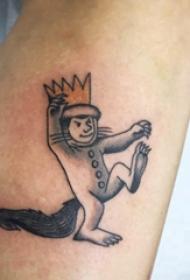 简单线条纹身 男生手臂上彩色的卡通人物纹身图片