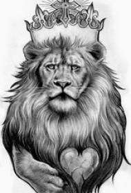 纹身狮子头手稿 简单线条纹身素描黑色纹身狮子头手稿