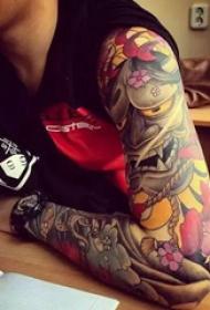 日式彩绘花臂让你一眼沦陷