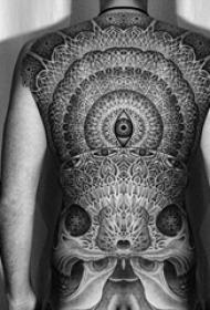 背部纹身图案 多款黑灰纹身点刺技巧背部纹身图案