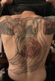 滿背動物紋身 男生滿背彩色的動物骨頭紋身圖片