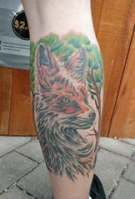小动物纹身 男生小腿上大树和狐狸纹身图片