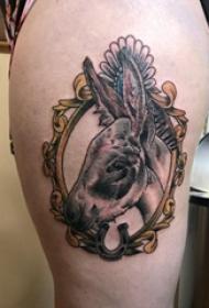 马纹身图案 女生大腿上马纹身图案