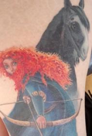 马和美女纹身图案  女生大腿上马和美女纹身图片