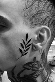 脸部纹身图案 多款黑色纹身素描脸部纹身图案