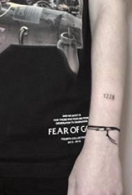 數字紋身圖案 女生手臂上數字紋身圖案