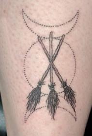 纹身小腿女生  女生小腿上黑色的几何图形纹身