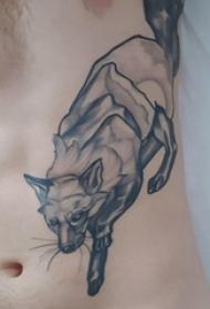 侧腰纹身男 男生侧腰上黑色的狐狸纹身图片