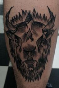 羊头纹身 男生小腿上撒旦羊头纹身图片