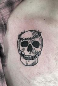 纹身胸部男 男生胸部创意的髅纹身图片