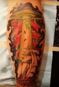 欧美小腿纹身 男生小腿上帆船和飞碟纹身图片
