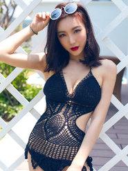 青豆客90后美女徐子睿hana比基尼写真 穿比基尼的大胸美女图片
