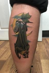 欧美小腿纹身 男生小腿上彩色的蝙蝠纹身图片