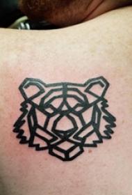 老虎图腾纹身 男生背部老虎纹身图片