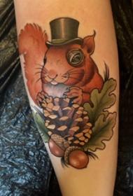 欧美小腿纹身 女生小腿上松果和松鼠纹身图片