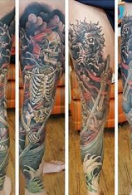 纹身腿部 男生腿部划船的骷髅纹身图片
