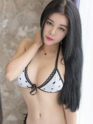 青豆客露胸美女模特叶佳颐写真 丰乳美女图片