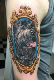 小狗纹身图片 男生手臂上素描纹身小狗纹身图片