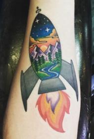 纹身风景 男生手臂上风景和火箭纹身图片