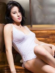 大膽美女美乳模特葉佳頤圖集 大尺度美女暴露寫真集