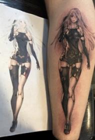 欧美小腿纹身 男生小腿上黑色的动漫人物纹身图片