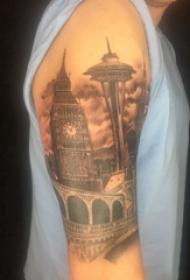 修建物纹身 男生大年夜臂上宏伟的修建物纹身图片